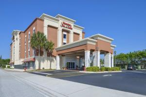 Hotel Hampton Inn & Suites Cape Coral