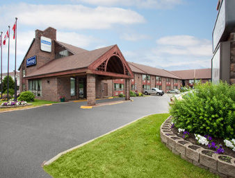 Hotel Travelodge Lakeshore - North Bay