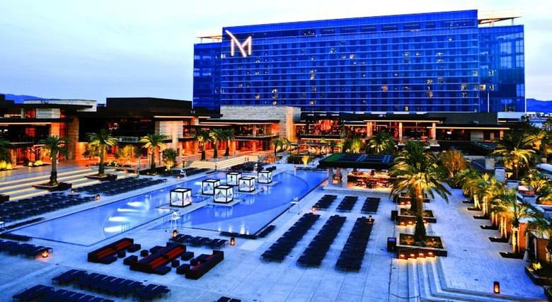 Hotel The M Resort Spa Casino