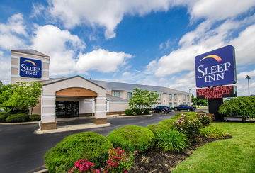 Hotel *sleep Inn & Suites*