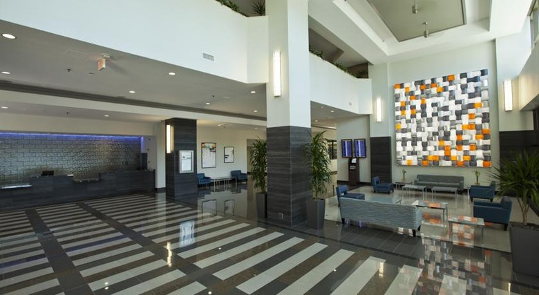 Hotel Doubletree By Hilton Miami Airport & Convention Center