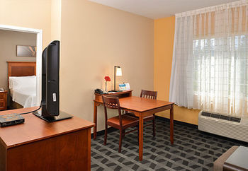 Hotel Towneplace Suites By Marriott Cal Expo