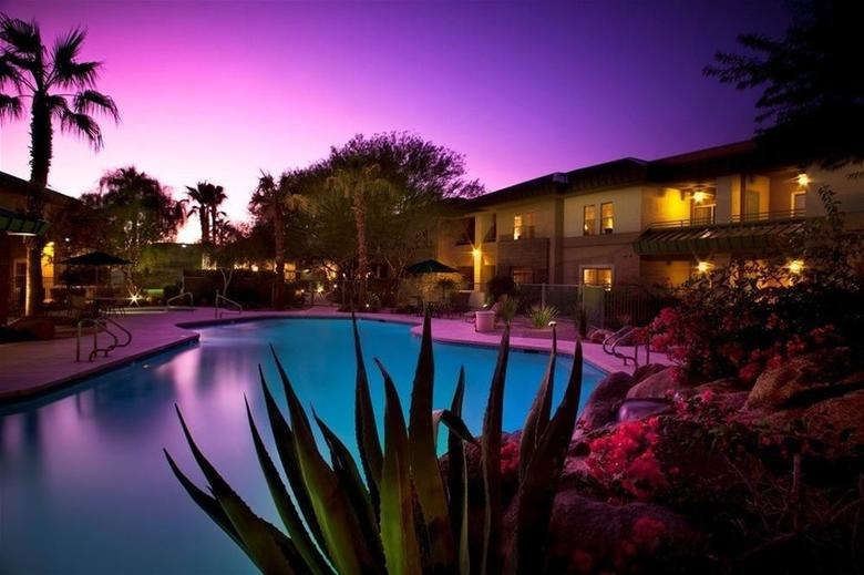 Hotel *scottsdale Resort & Athletic Club*