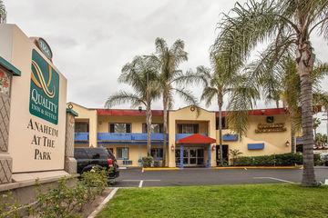 Hotel Quality Inn & Suites Anaheim At The Park