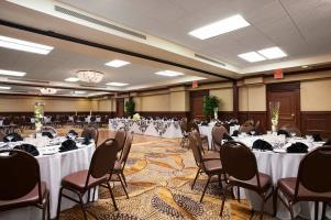 Hotel Embassy Suites Santa Ana - Orange County Airp