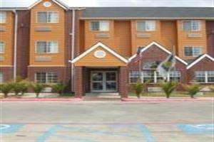 Hotel **microtel Inn & Suites - Northeast**