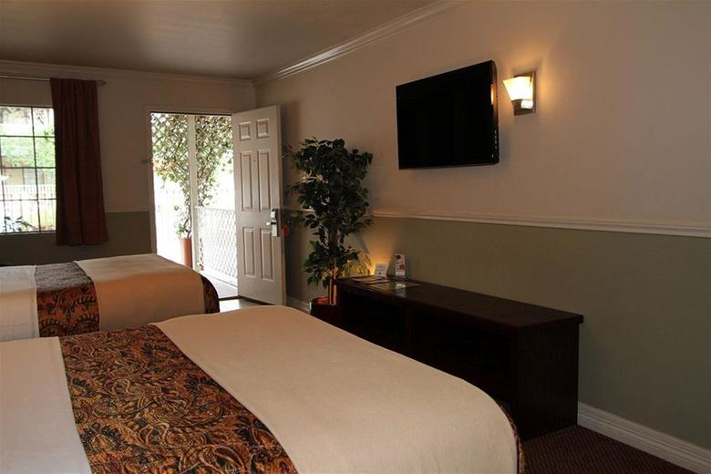 Hotel Family Garden Inn & Suites