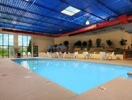 Hotel Ramada Plaza Milwaukee Airport