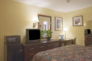 Hotel Americas Best Value Inn & Suites Wine Country