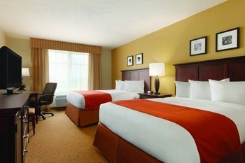 Hotel Country Inn & Suites Salina