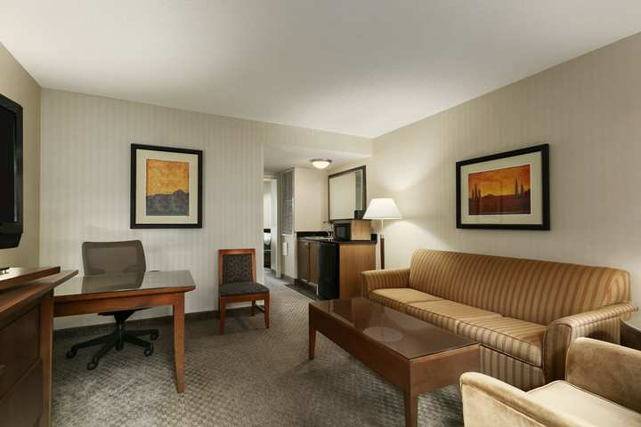 Hotel Embassy Suites Dulles - North/loudoun