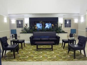 Hotel La Quinta Inn & Suites Norfolk Airport