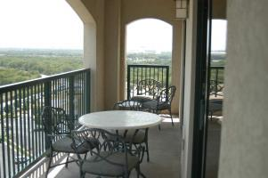 Hotel Embassy Suites Dfw North At Outdoor World