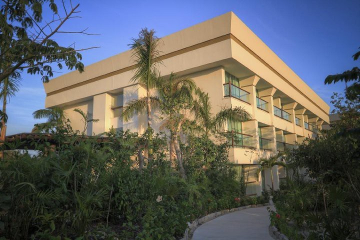 Hotel Ocean Breeze Boutique Riviera Maya