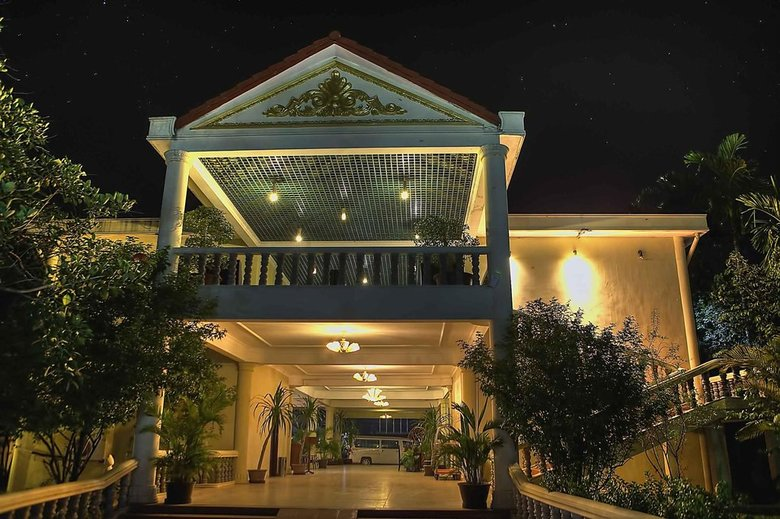 Hotel Angkor Monarch