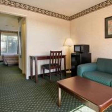 Hotel Ramada Limited Ontario Airport