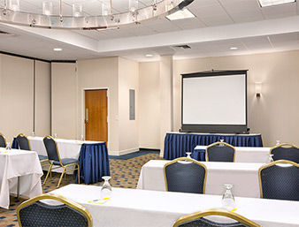 Four Points By Sheraton Hotel & Suites Allentown