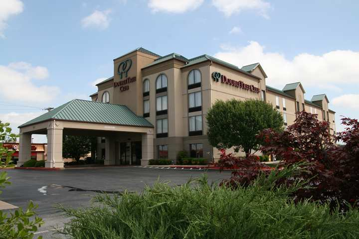 Hotel Doubletree Club Springdale