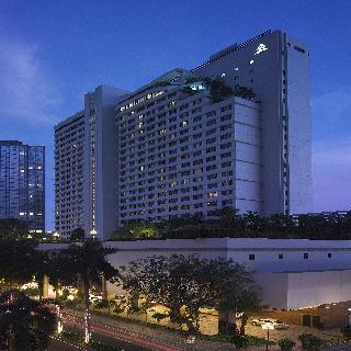 New World Hotel Makati City