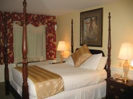 Hotel Dan'l Webster Inn & Spa