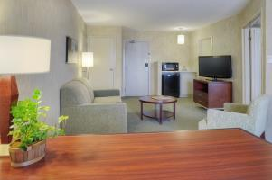 Hotel Quality Suites Whitby