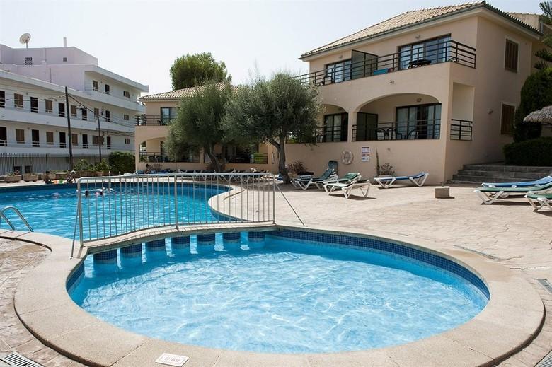 Apartamentos aucanada alcudia mallorca - Piscina coberta l alcudia ...