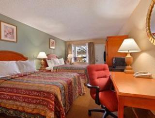 Hotel Econo Lodge West
