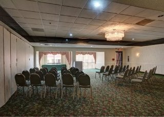 Hotel Quality Inn & Suites Conference Center