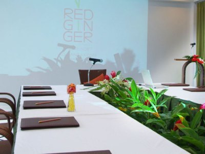 Hotel Red Ginger Chic Resort
