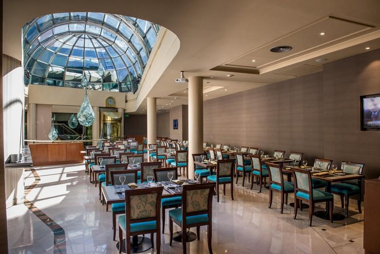 Hotel howard johnson plaza florida buenos aires for Johnson johnson argentina