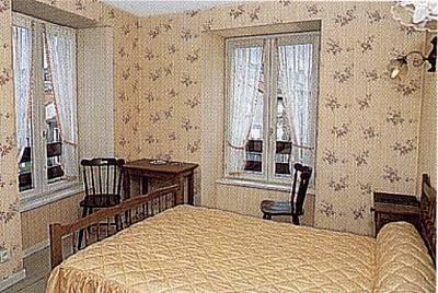 hotel le clair logis laussonne auvernia. Black Bedroom Furniture Sets. Home Design Ideas