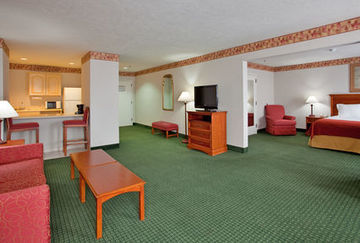 Holiday Inn Express Hotel & Suites Batesville