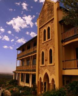 Hotel Grand Mercure Mount Lofty House