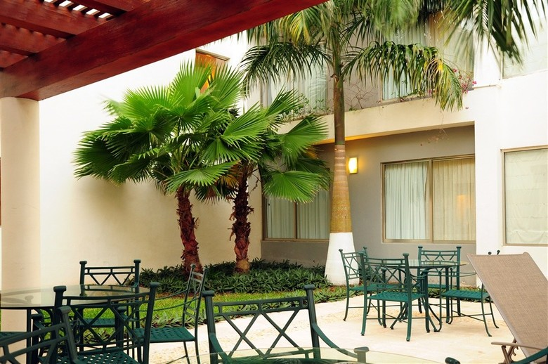 Hotel Ambiance Suites Canc�n