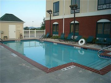 Holiday Inn Express Hotel & Suites Birmingham-irondale (east)
