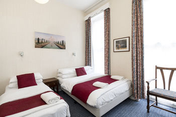 Bed & Breakfast St Athans Hotel