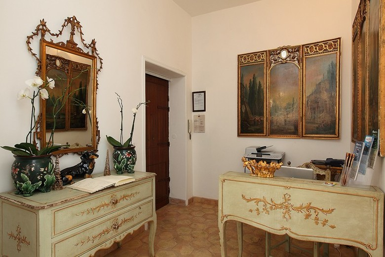 Bed & Breakfast Navona Governo Vecchio- Guest House