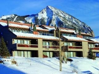 Hotel Mountain Edge Condos