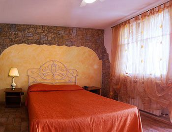 Bed & Breakfast Le Due Cascine Farm Home