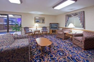 Hotel Holiday Inn Express Auburn-touring Dr