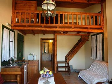 Hotel Enagron Traditional Apartments