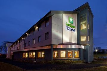 Hotel Express By Holiday Inn