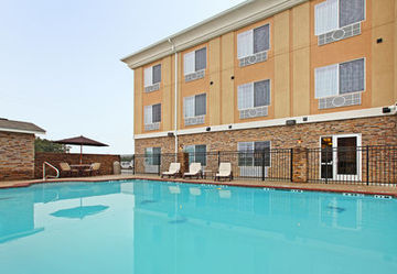 Holiday Inn Express Hotel & Suites Carthage