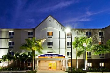 Hotel Candlewood Suites Fort Myers Sanibel