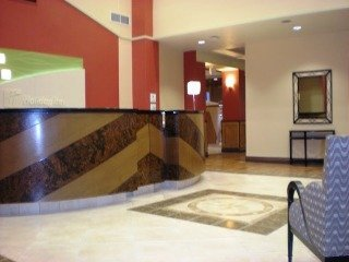 Holiday Inn Hotel & Suites Bakersfield North