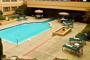 Hotel Doubletree Suites By Hilton Nashville Airport
