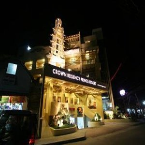 Hotel Crown Regency Prince Resort