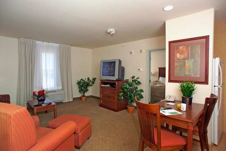 Hotel Homewood Suites By Hilton Fargo