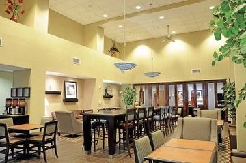 Hotel Hampton Inn Suites Flowery Branch