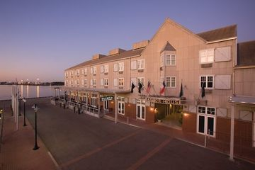Hotel Harbor House At Pier 21